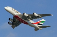 800px-emirates_a380_2